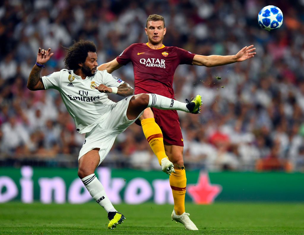 Real Madrid S Brazilian Defender Marcelo Vies With Roma S Serbian Defender Santiago Bernabeu Stadium Uefa Champions League