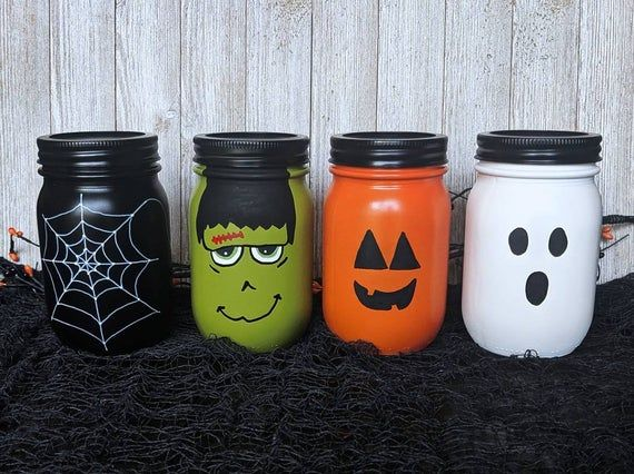 Halloween Mason Jars /Pint Mason Jars / Halloween Decorations / Halloween Party / Spider Web Mason Jars / Frankenstein Mason Jars / Ghost