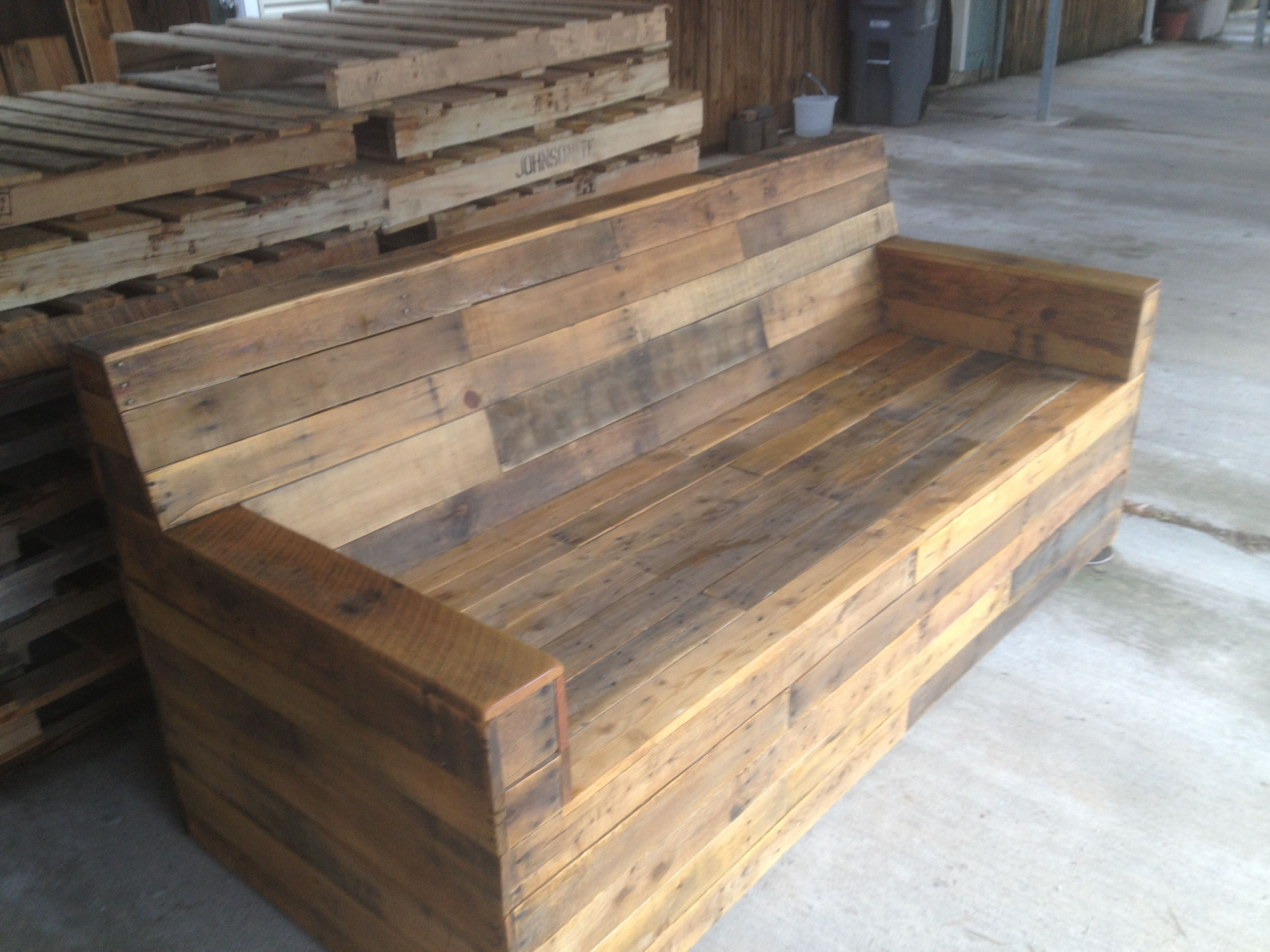 Stained Pallet Sofa Reclaimed Wood Furniture