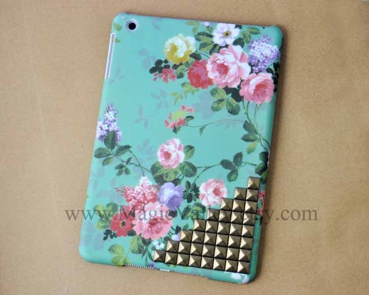 iPad mini Case, iPad mini Cover, Vintage Style Green Flower case studs,mini ipad case,case for mini ipad. $25.99, via Etsy.