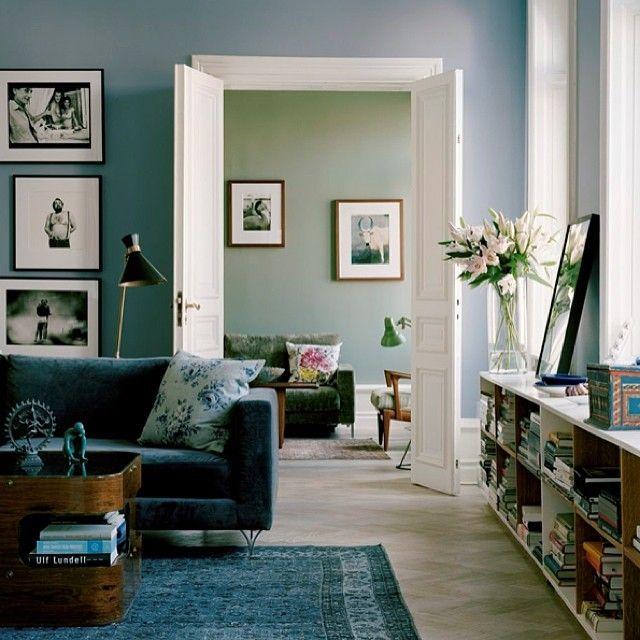 """Lena Gullberg, Södermalm, Stockholm. """"#farger vi elsker #støvete blå og oliven #personlig palett #colours #beautiful #slowdeco #kommer i #maisoninterior Foto: House of Pictures"""", Stockholm"""