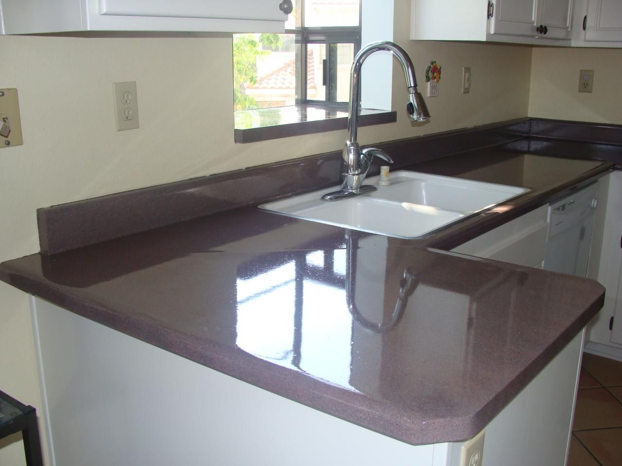 Pkb Reglazing Laminate Countertop Reglazed Balmorai Red Speckled Countertops Laminate Countertops Home Decor