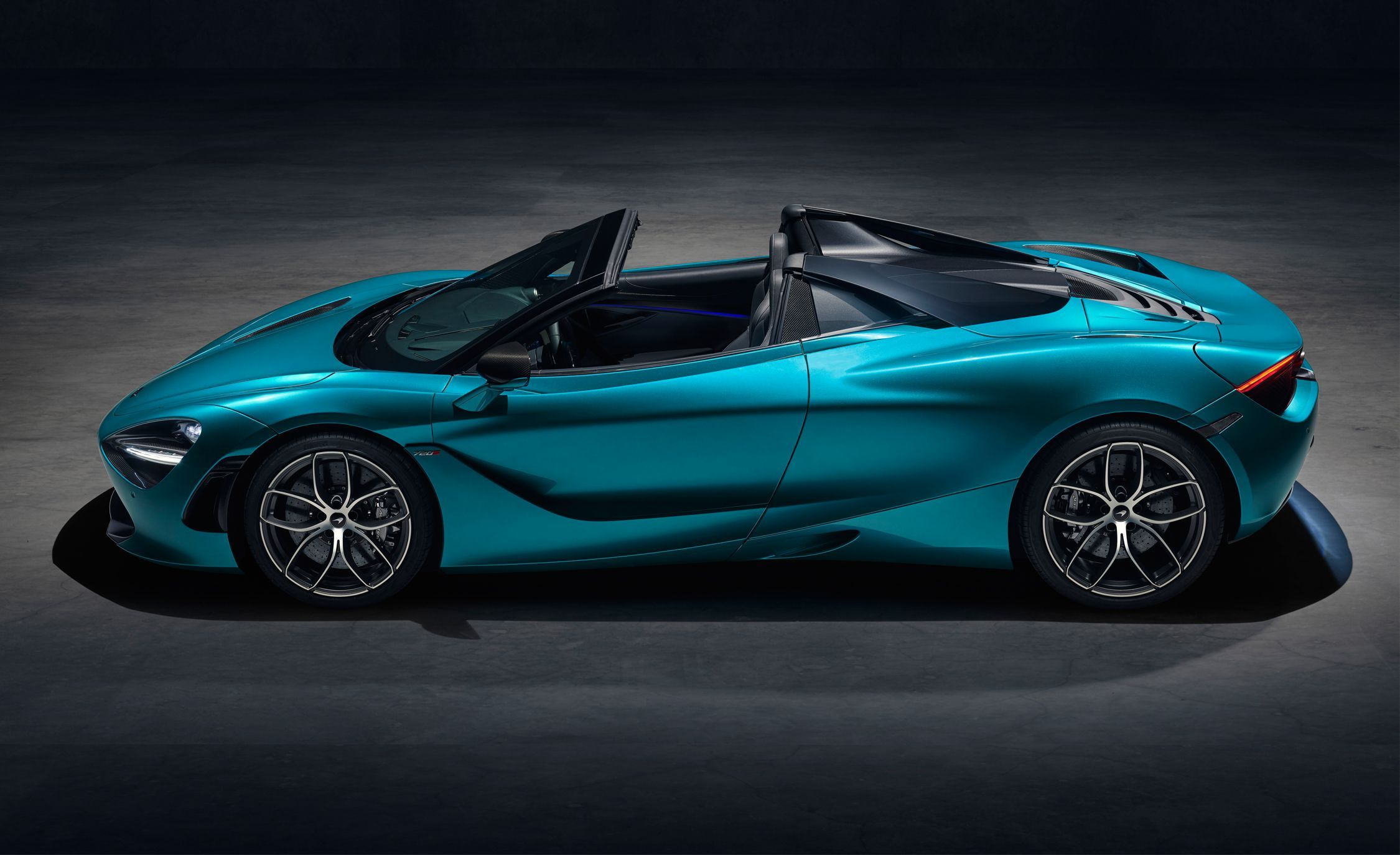 Mclaren 720s Spider Revealed With Specs Pricing And U S On Sale Date New Mclaren Sports Car Super Cars