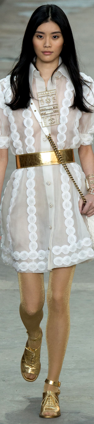 CHANEL RTW SS 2015 | white shirt dress with accessory zipper