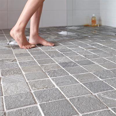 ce carrelage de sol de salle de bain en pierre de schiste apporte une touche naturelle brute et tellement design votre douche plus - Carrelage Sol Salle De Bain Antiderapant