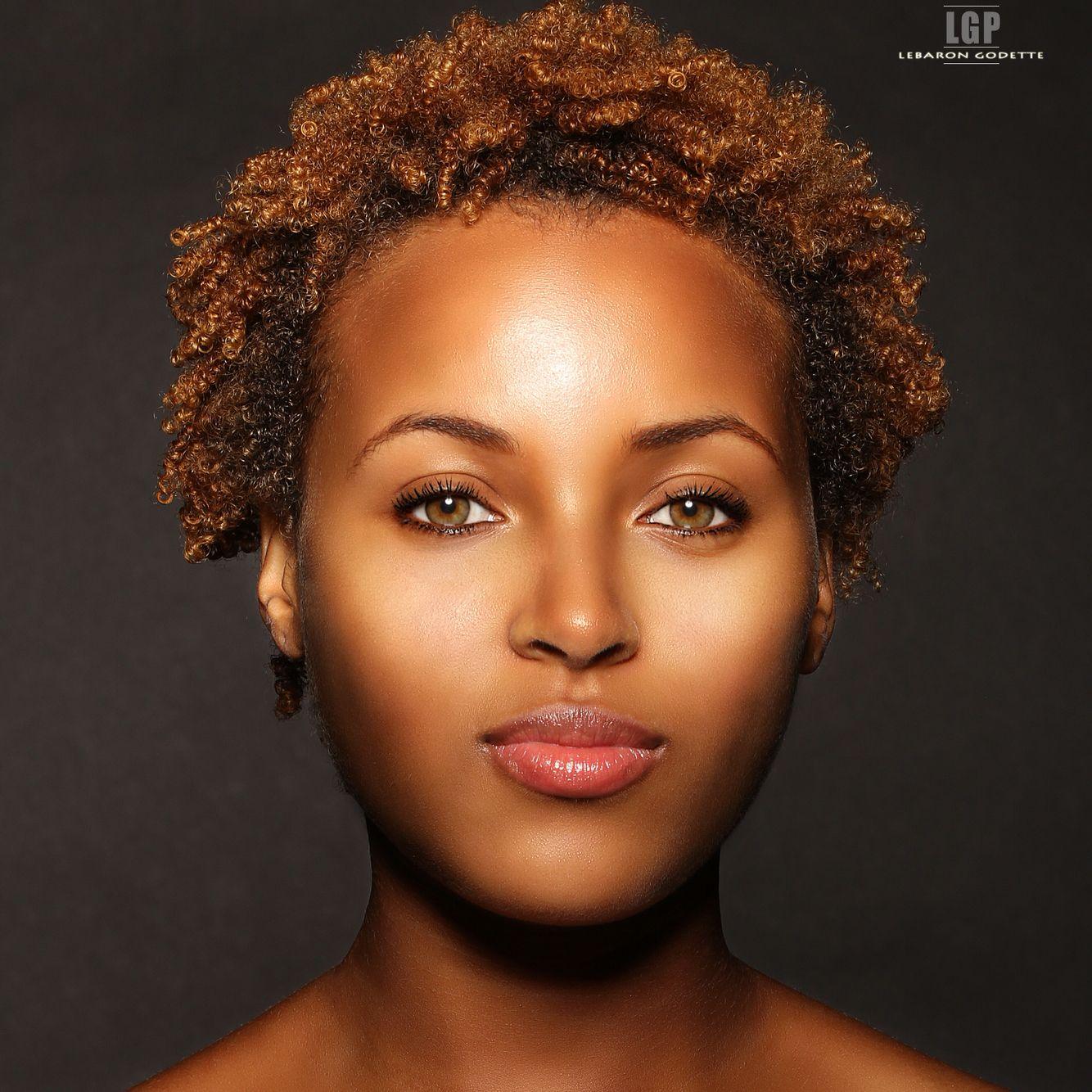 Model royalgigi naturalhair nomakeup flawless ig