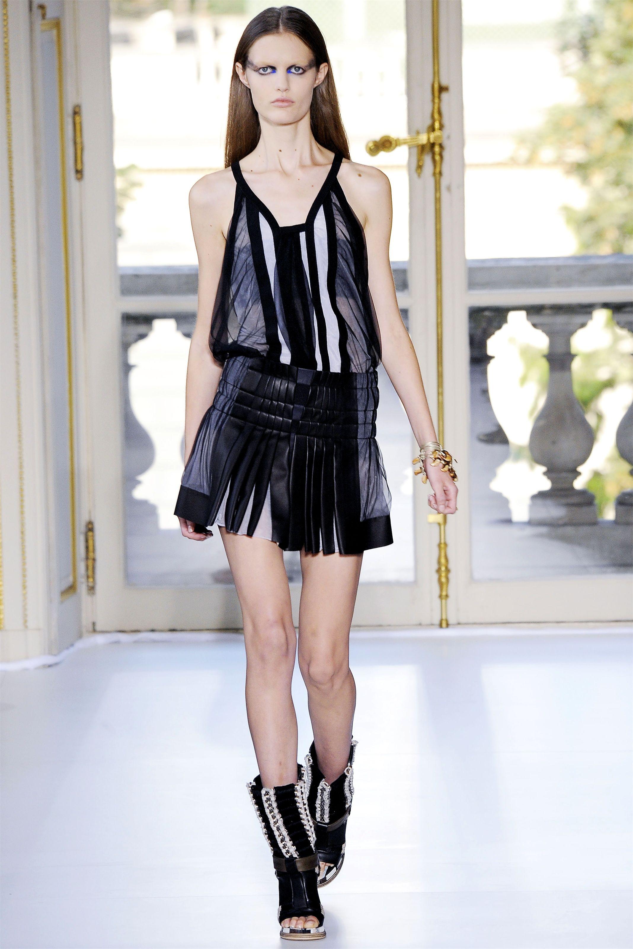 balenciaga 2010 | Fashion, Fashion show