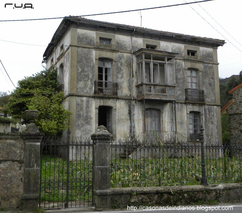 Casa abandonada de Doña Ramona en Prado, Caravia, Asturias