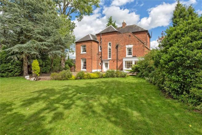 7 bedroom detached house for sale in Brewood Road, Coven