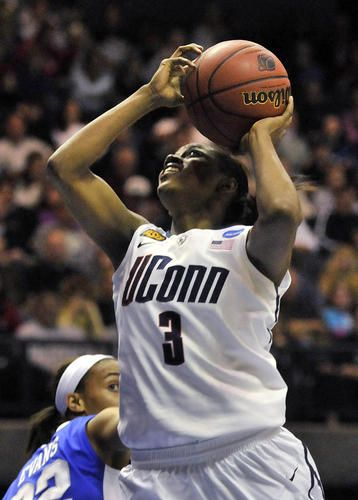 Pictures Katie Lou Samuelson Joins Uconn S 1 000 Point Club