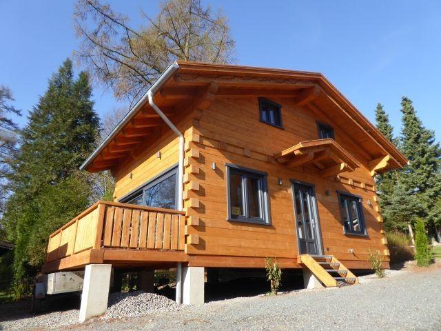5 Sterne Blockhaus mit Sauna, Kamin,Terrasse, Grassdach