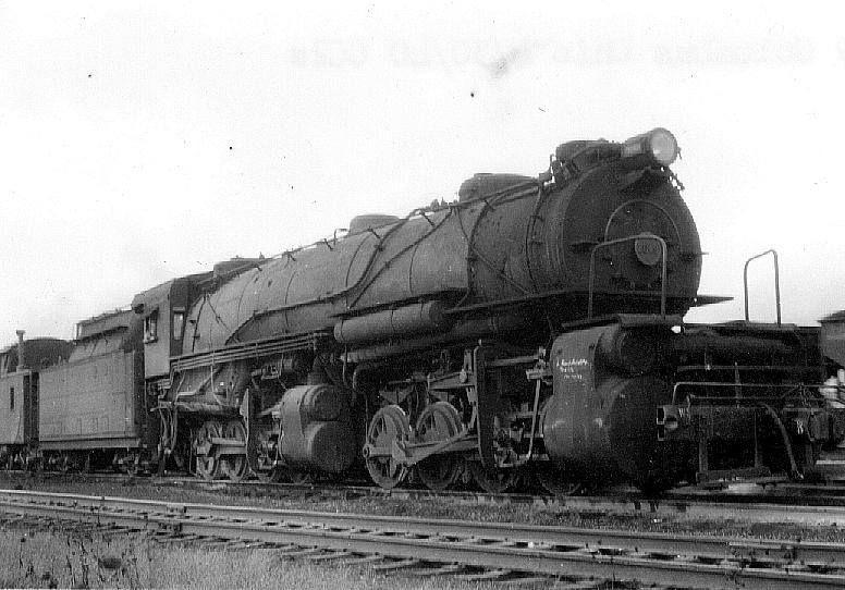 PRR CC2 in the Pennsylvania Railroad Yards, Late 1940ś