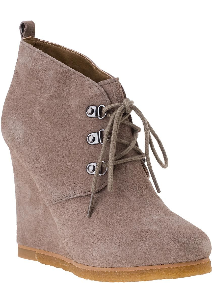 Steve Madden Shoes - Tanngoo Wedge Bootie Taupe Suede On Sale @footnotesonline in black!