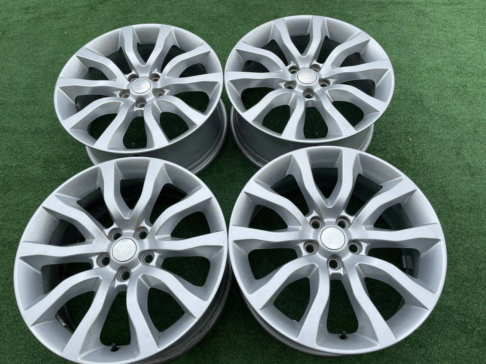 20 Inch Range Rover Wheels In 2021 Oem Wheels Wheel Rims Range Rover Wheels