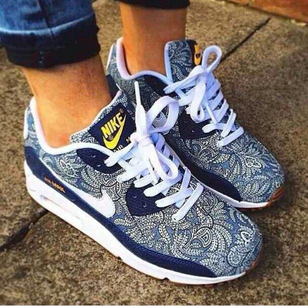 نايك 450 ريال Nike Shoes Women Nike Air Max 90 Nike Air Max