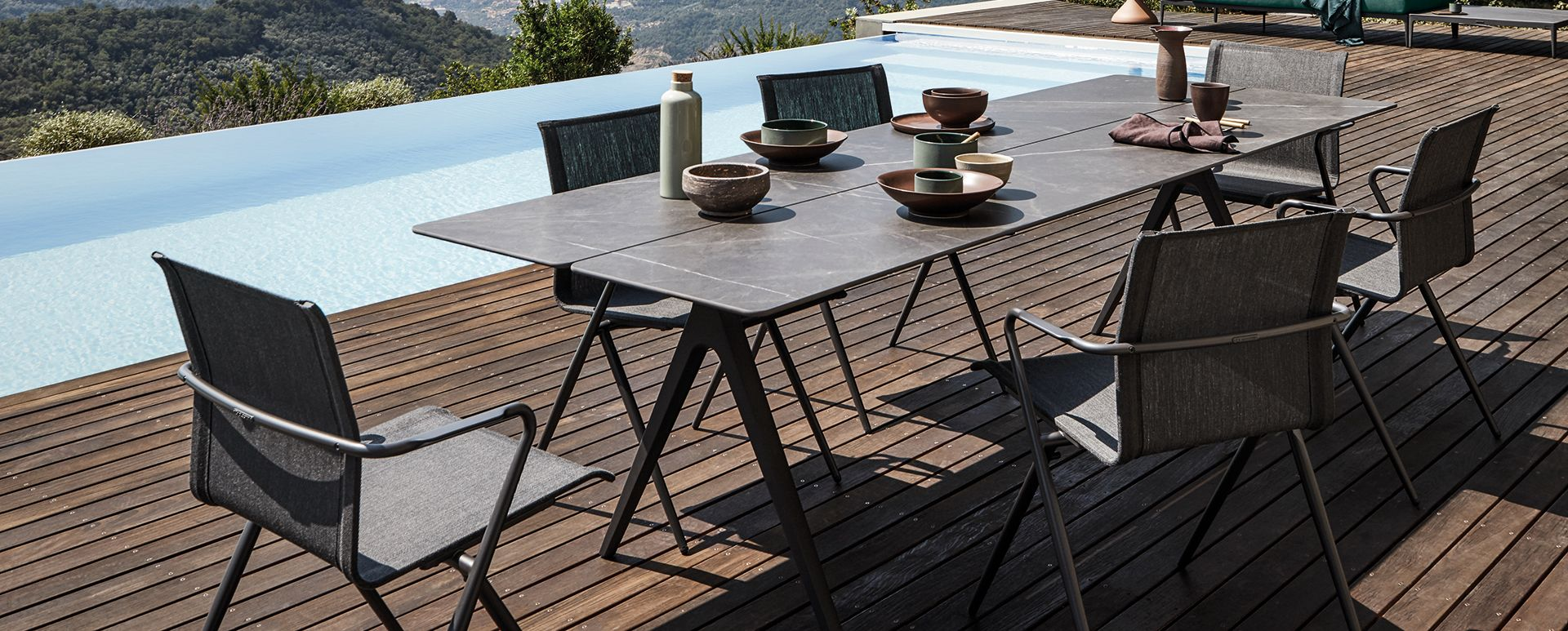 gloster - split luxury outdoor