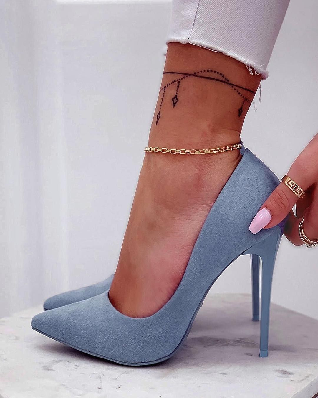 New Pastel Decollete Www Alexoo It Code Rx 13 Shoes Shoes Scarpedonna Scarpeonline Shoesaddi Trending Fashion Shoes Heels Womens Shoes Wedges