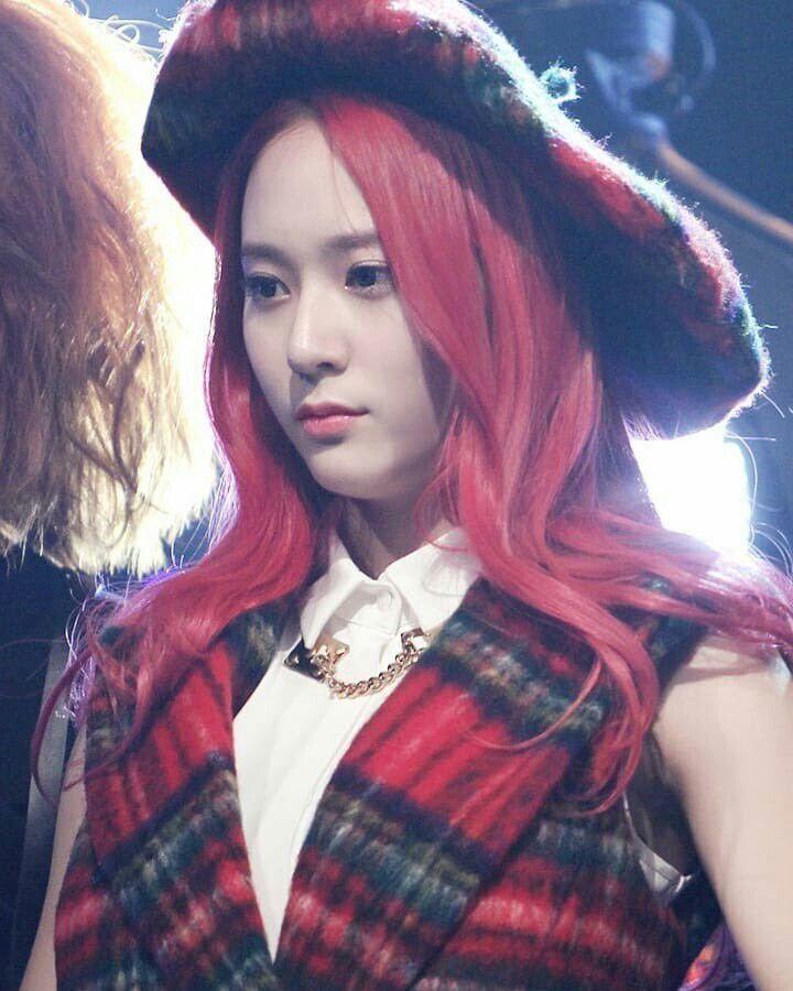 hm37-kpop-snsd-taeyeon-flower-girl-wallpaper