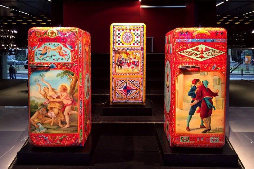 Smeg Kühlschrank Dolce Und Gabbana : Dolce gabbana transforms smeg s fab refrigerator into a work of