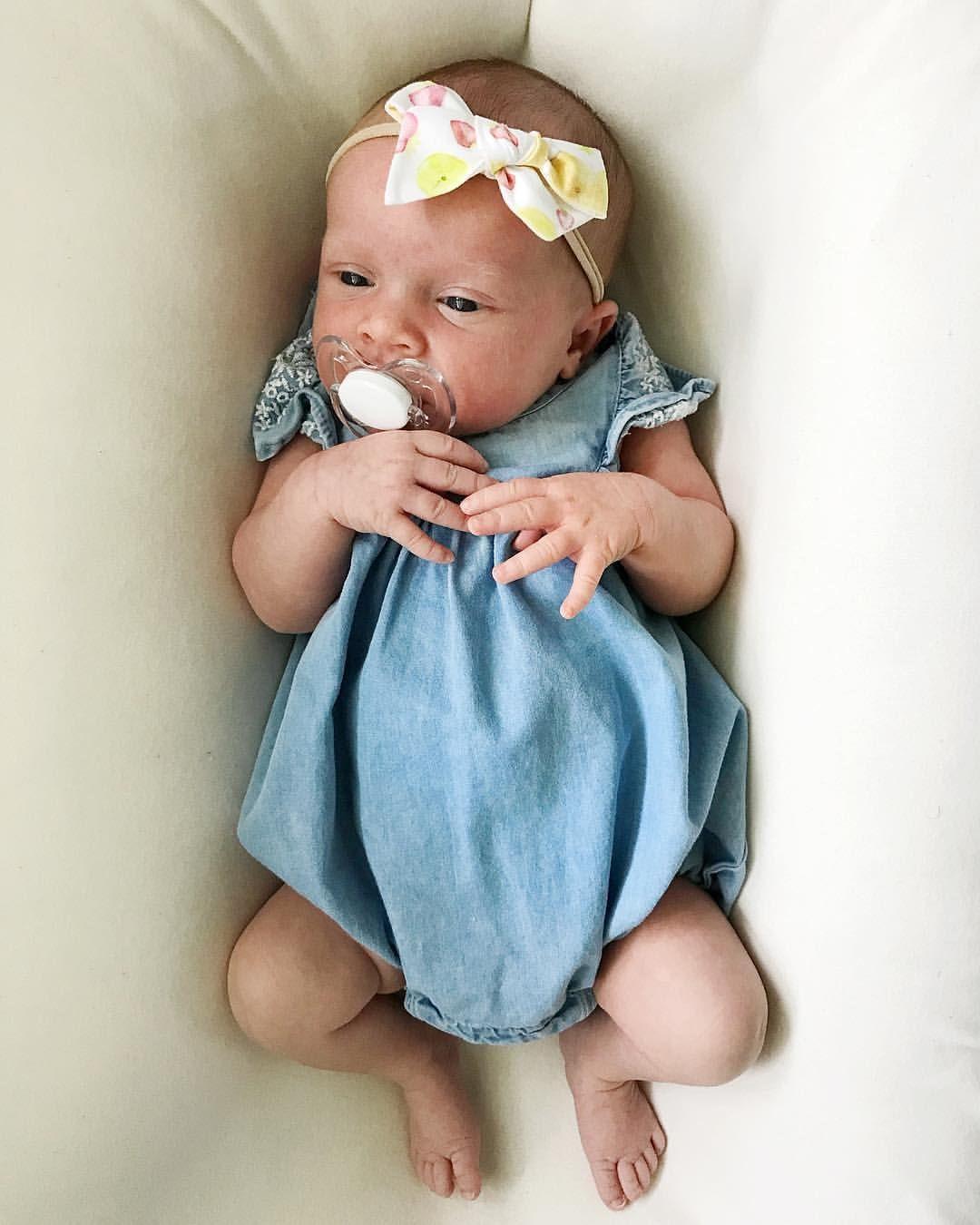 Baby girl newborn. Baby girl chambray. Baby girl outfit. Summer