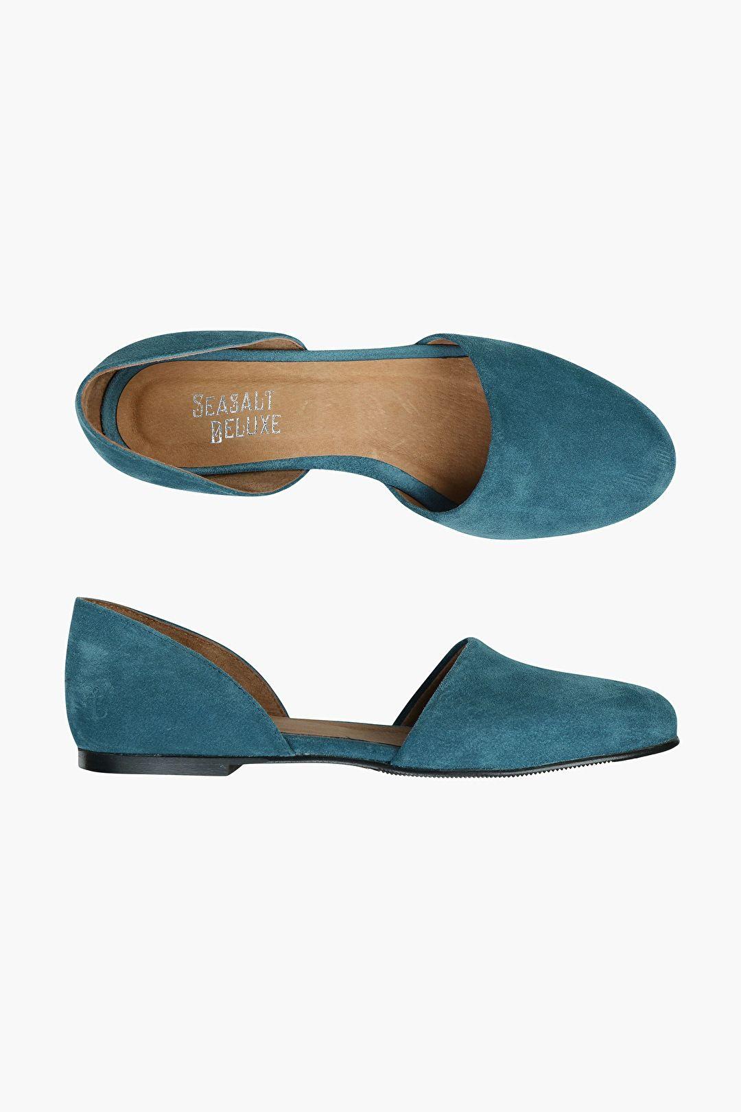 Ruby Shoe