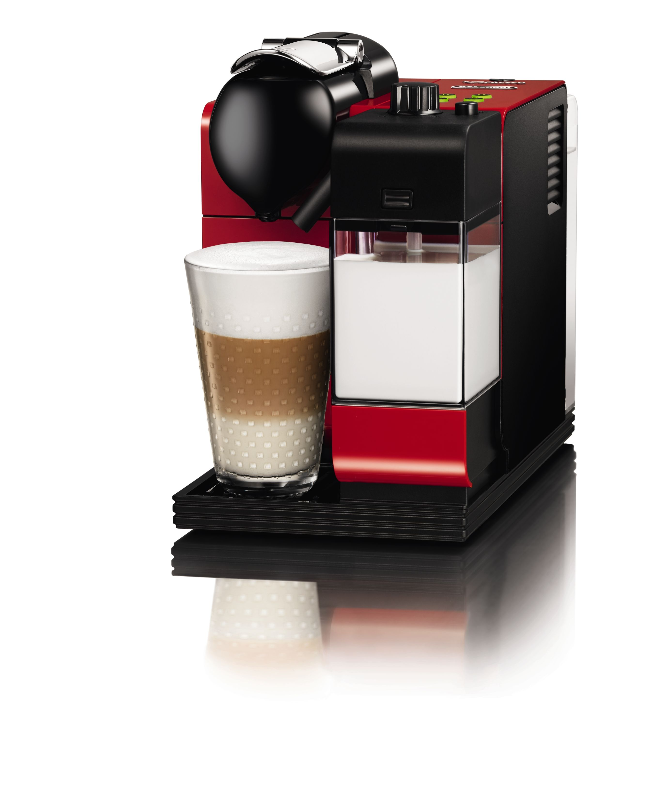 LATTISSIMA+ PASSION RED With the revolutionary milk froth