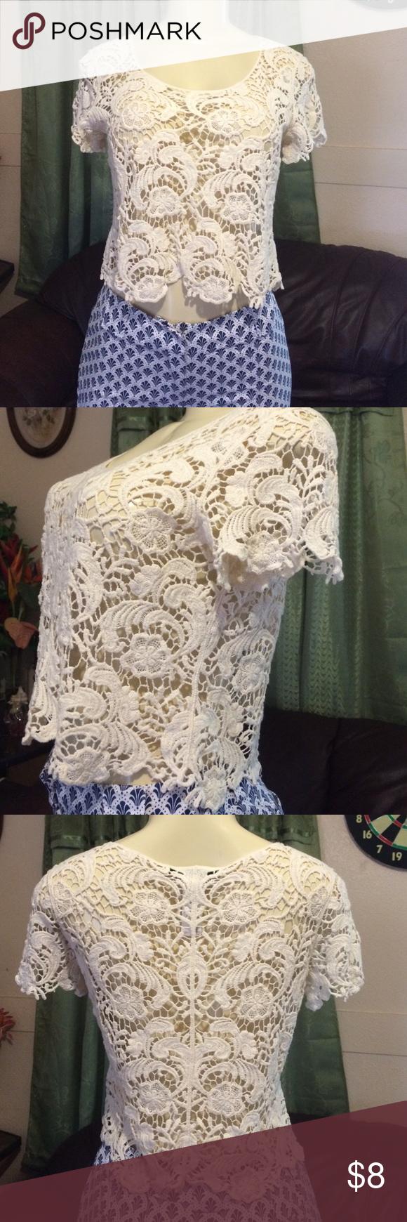 FOREVER 21. Crochet crop top Short sleeves crochet crop top Forever 21 Tops Crop Tops