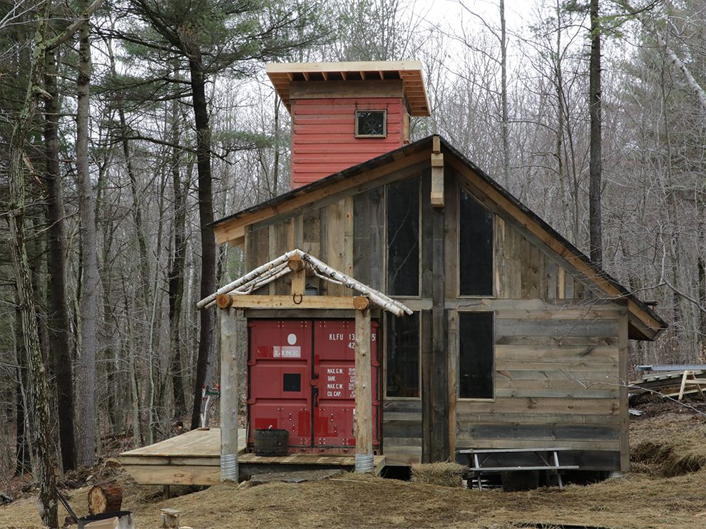 Catching up with building wild tuff enough vermont for Chalet homes to build