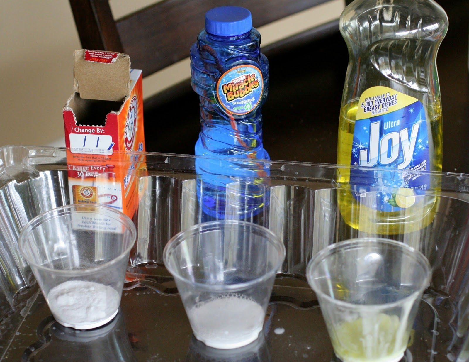Baking Soda And Bubbles Science Experiment