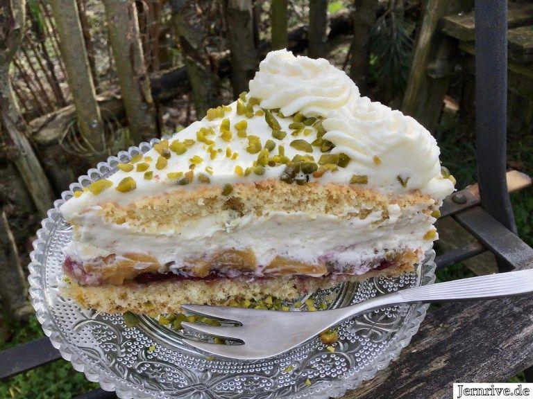 Pfirsichtorte mit weißer Schokolade und Pistazien - Aus meinem Kuchen und Tortenblog