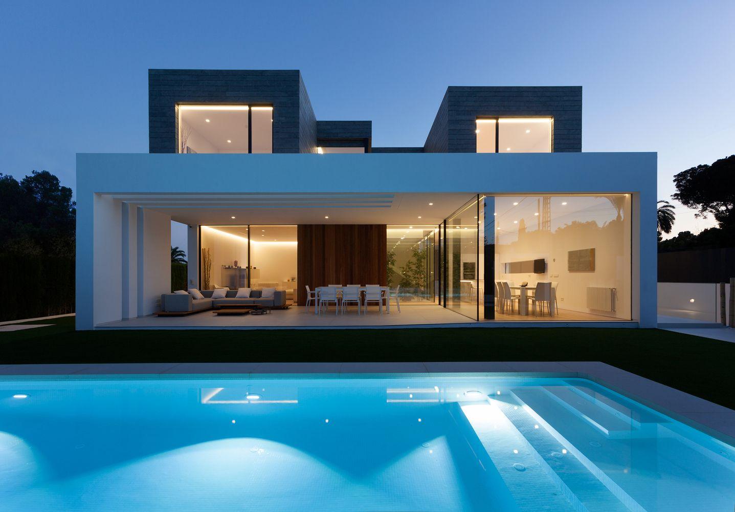 Gallery Of La Canada House Antonio Altarriba Comes 1 Casas Con Piscina Fachadas De Casas Campestres Casas Modernas Arquitectura