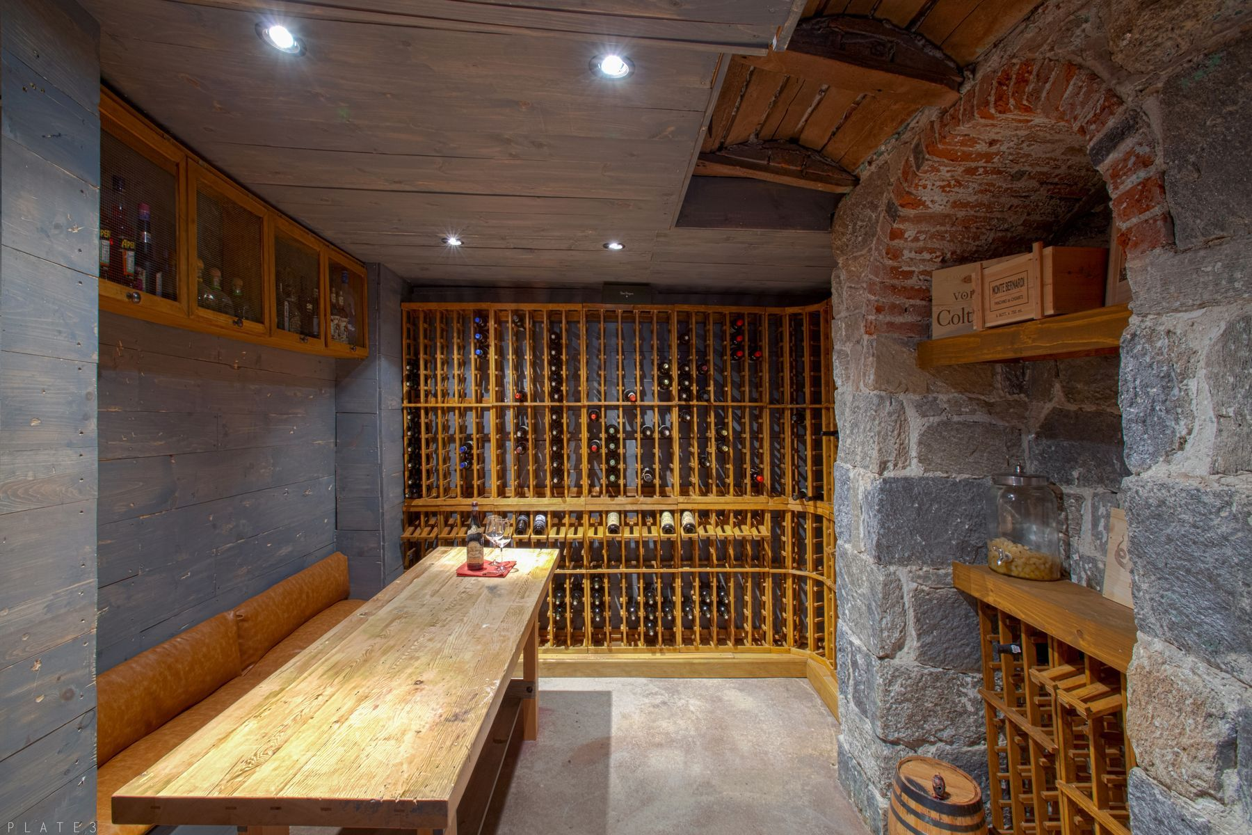 For k live in this northern liberties home with a wine cellar