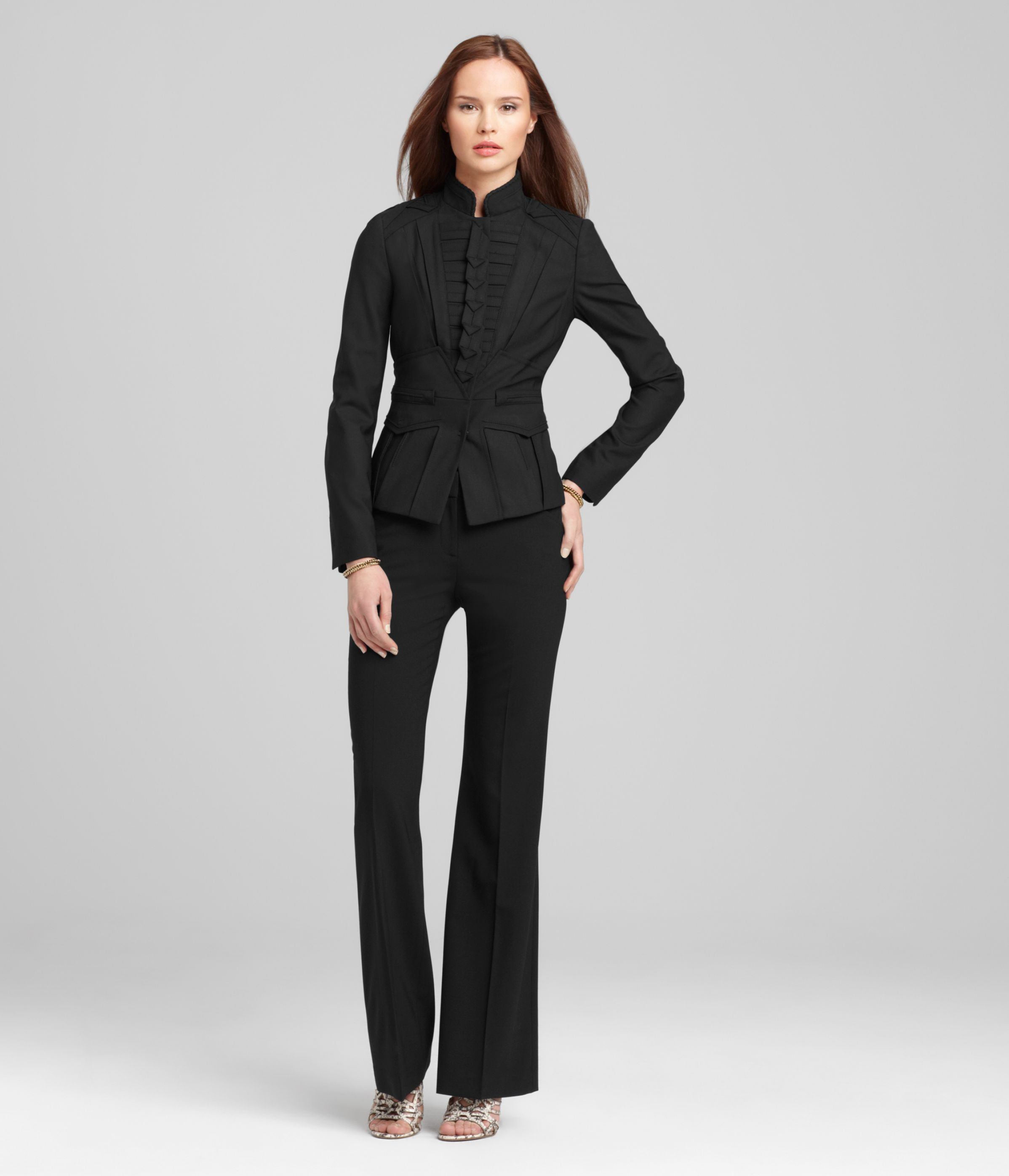 f0cd4acbc313d2 Elie Tahari suit. Ruined with these shoes | Career looks | Fashion ...
