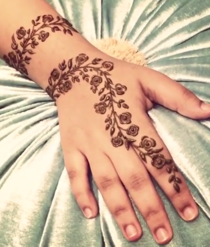 Mehndi Rose Flower Design By Girlyhenna On Instagram Desain Henna Inai Henna