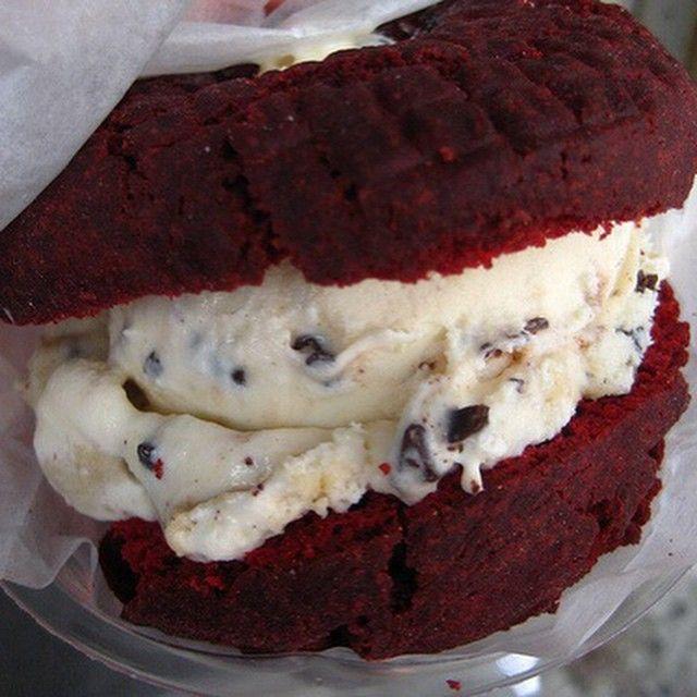 Red Velvet Ice Cream Sandwich