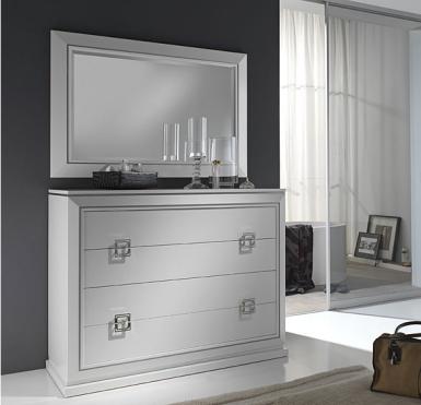Pasos Para Lacar Muebles En Blanco O En Color Muebles Laqueados Pintar Muebles En Blanco Muebles