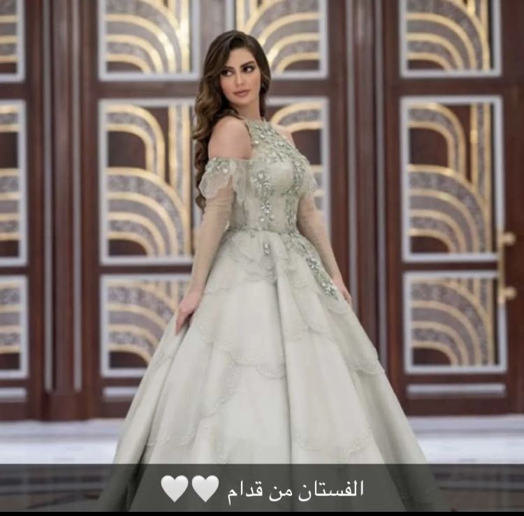 Pin by Aqsa on Dresses in 2021   Wedding dresses, Dresses ...