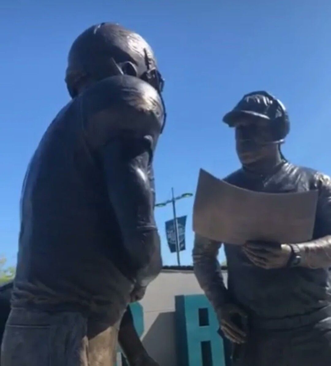 Bud Light Unveils Nick Foles And Doug Pedersen Statue Philly Philly Philly Special Flyeaglesfly Eagles Team Fly Eagles Fly Philadelphia Eagles