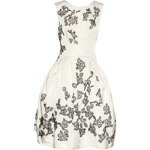 I would feel so pretty in this!