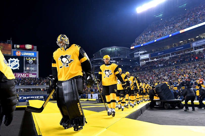aeb2b585f PITTSBURGH, PA - FEBRUARY 25: Matt Murray #30 of the Pittsburgh Penguins  and teammates walk out during introductions during the 2017 Coors Light NHL  Stadium ...