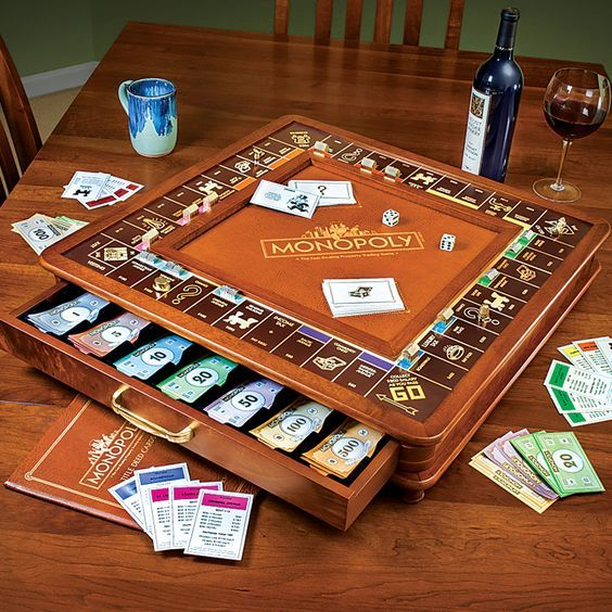 Monopoly Luxury Edition | Monopoly, Board game table ...