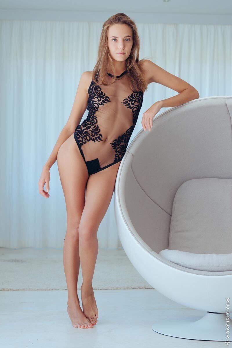 Hot attractions women ass naked