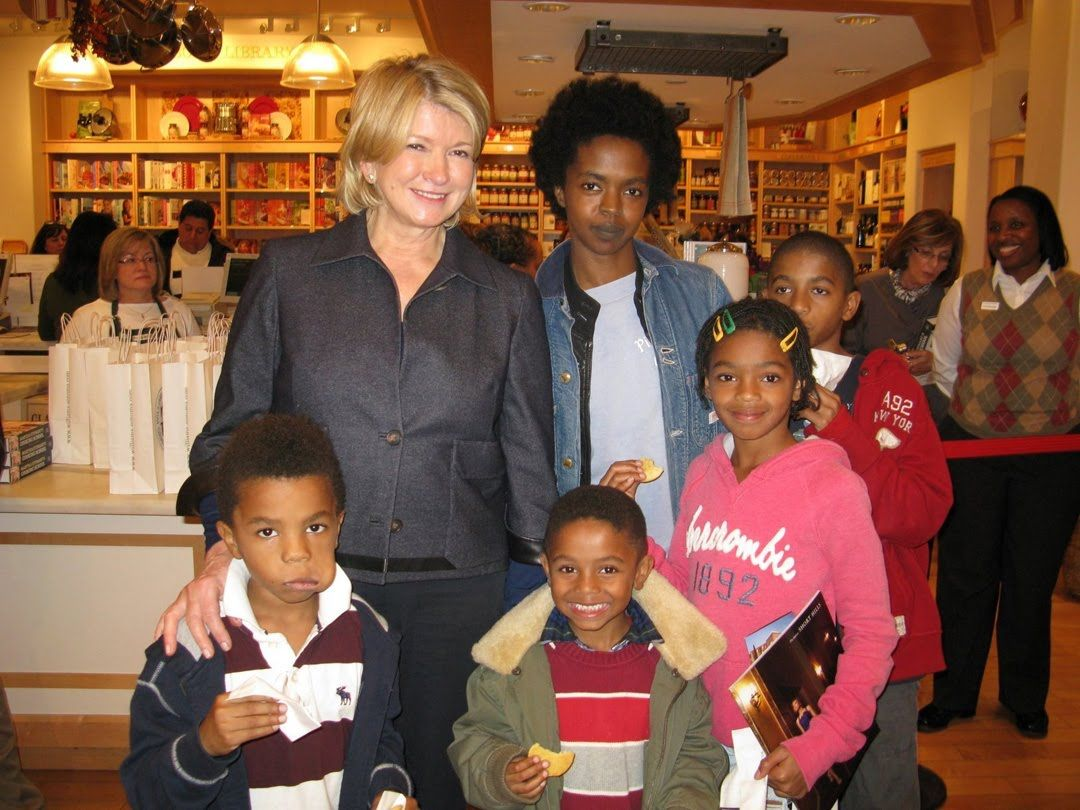 Bob Marley Sons Names | Martha Stewart, with Hill and four of her children)