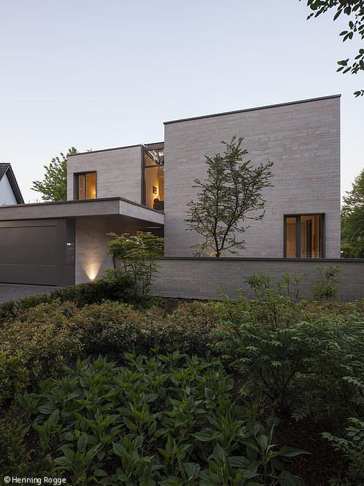 Ganzheitliche Architektur   Essen: CUBE Magazin