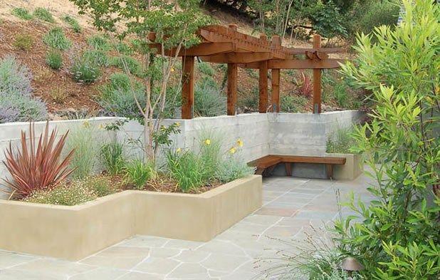 Zig Zag Retaining Walls Planter Concrete Stucco Pergola