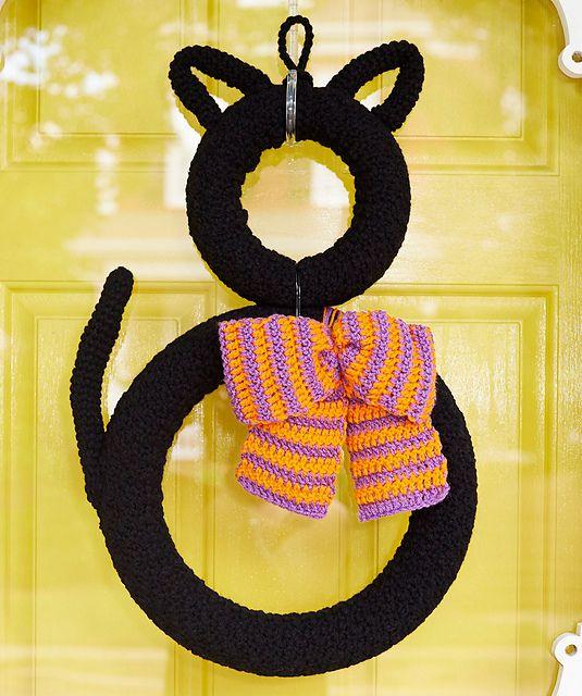 Crochet Patterns Galore Superstitious Black Cat Wreath Holiday Enchanting Crochet Patterns Galore