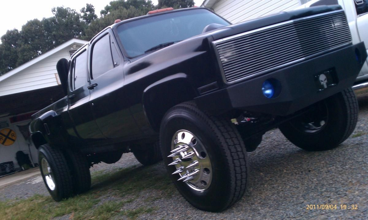 All Chevy 87 chevy diesel : Lifted Chevrolet classic Trucks | square bodies | Pinterest ...