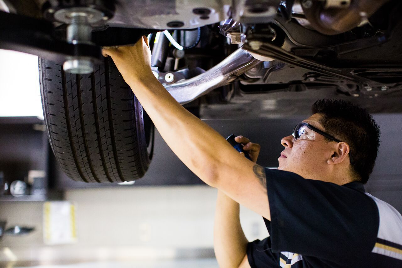 Our Lexus technicians work hard to carefully service every