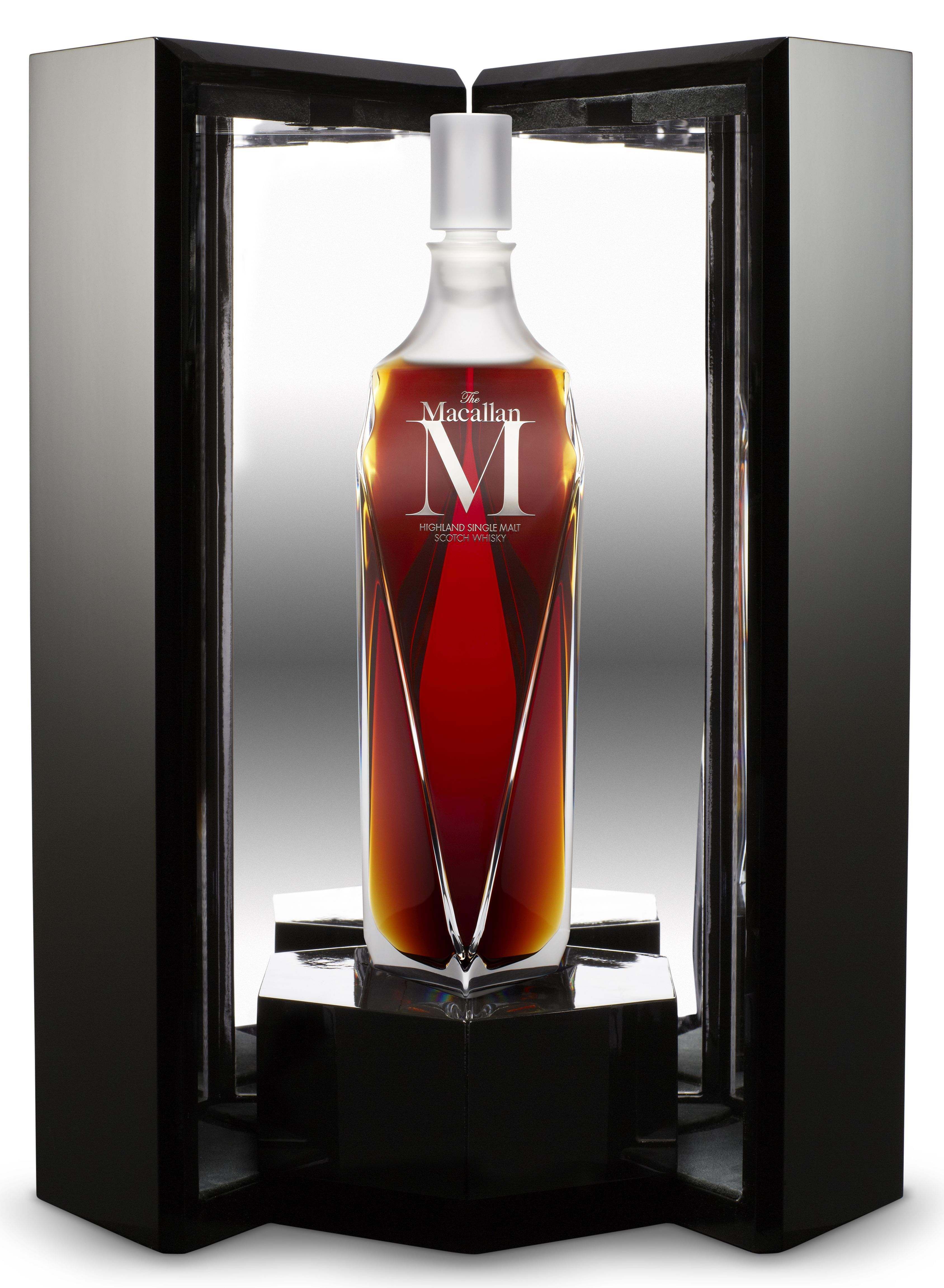Tasting The World S Most Expensive Whisky The Macallan M Star2 Com In 2020 Whisky Expensive Whiskey Good Whiskey