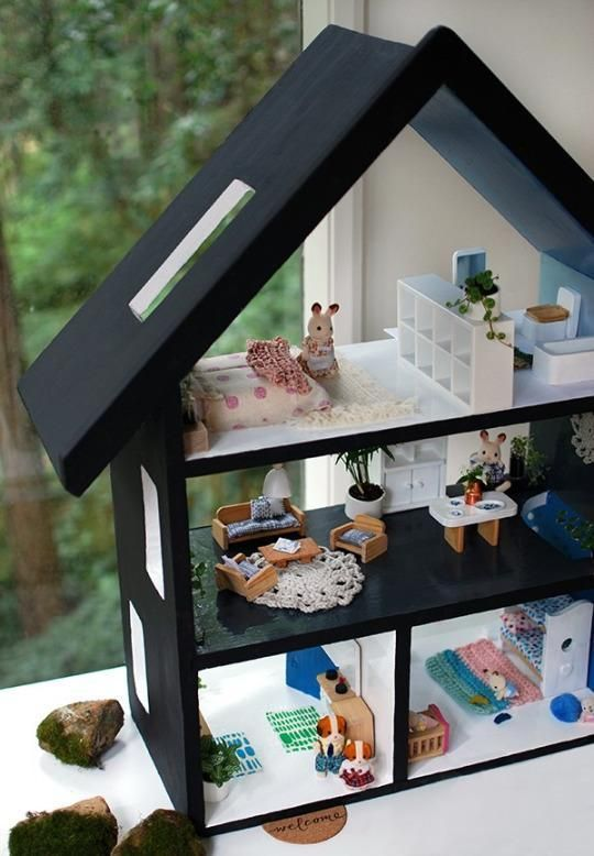 Crush On This Trendy Doll House Makeover